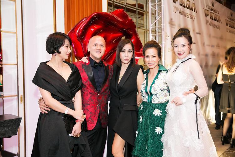 Fashionista Stella Chang vui mừng hội ngộ NTK Patrick Phạm, Doanh nhân Thanh Phương,…