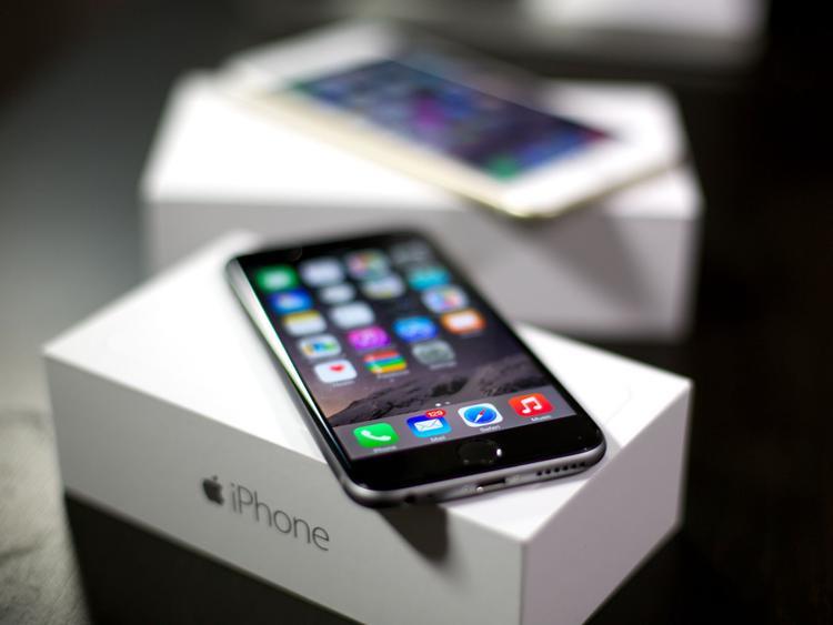 Hầu hết những chiếc iPhone cũ, iPhone khoá mạng đều về Trung Quốc trước khi được chuyển về Việt Nam.