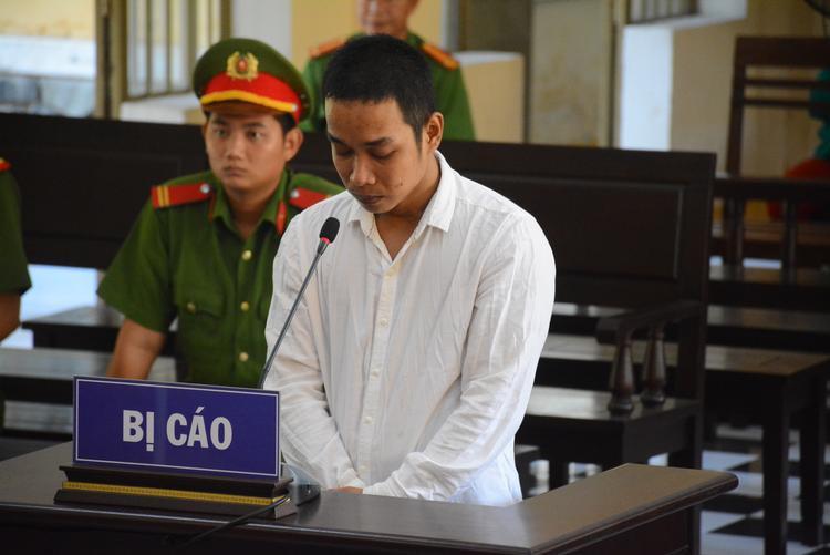 Bị cáo Tiên tại phiên tòa. Ảnh: Hồng Bằng