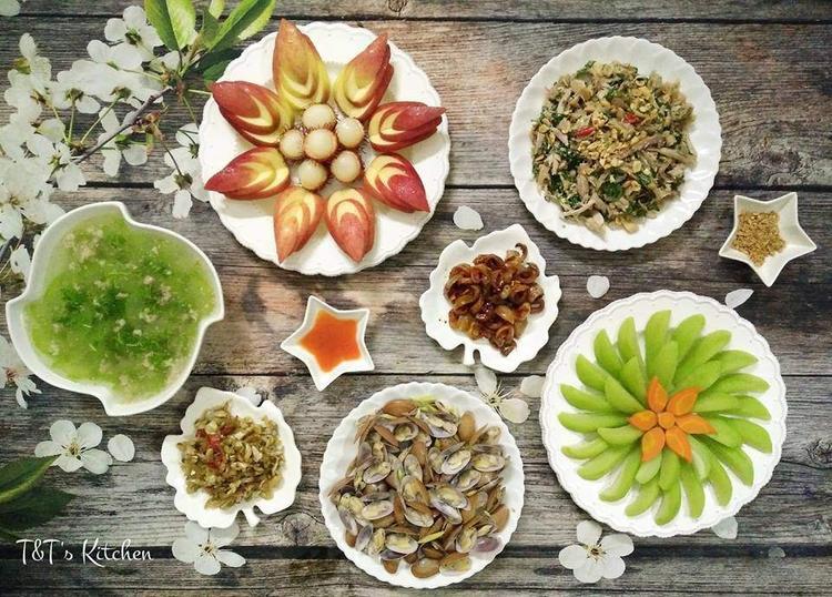 Rau - củ - quả luộc cũng rất rất thích hợp cho mùa hè, ăn mát và lại rất tốt cho sức khỏe.
