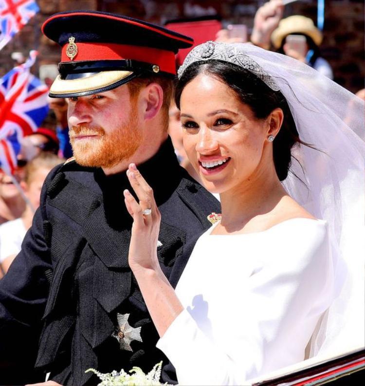 Hoàng tử Harry đã cầu hôn Công nương Meghan ngay tại Nottingham Cottage trong bữa tối với món gà nướng. Ảnh: Splash News