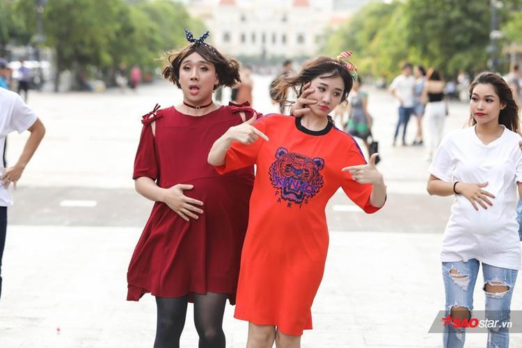 Gia đình Việt - Hàn: Trấn Thành - Hari Won.
