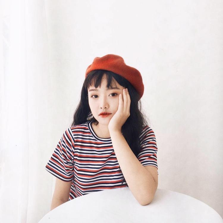 Với nét đẹp rất riêng, Phương Lan là một gương mặt lookbook quen thuộc của nhiều cửa hàng, thương hiệu thời trang dành cho giới trẻ hiện nay.