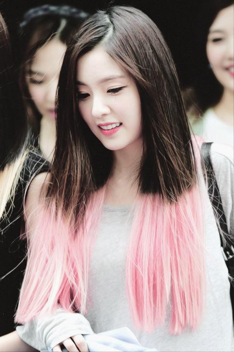 Irene tóc dđen - hồng thuở mới ra mắt làm điên đảo Kpop.