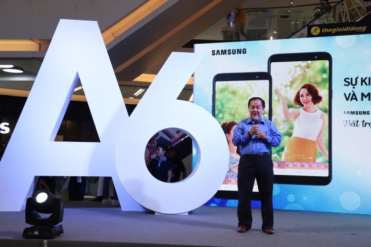 Ông Trần Tuấn Thông, Giám đốc Kinh doanh Ngành hàng di động của Samsung, tỏ ra lạc quan với doanh số đặt trước mà A6 và A6+ đạt được.