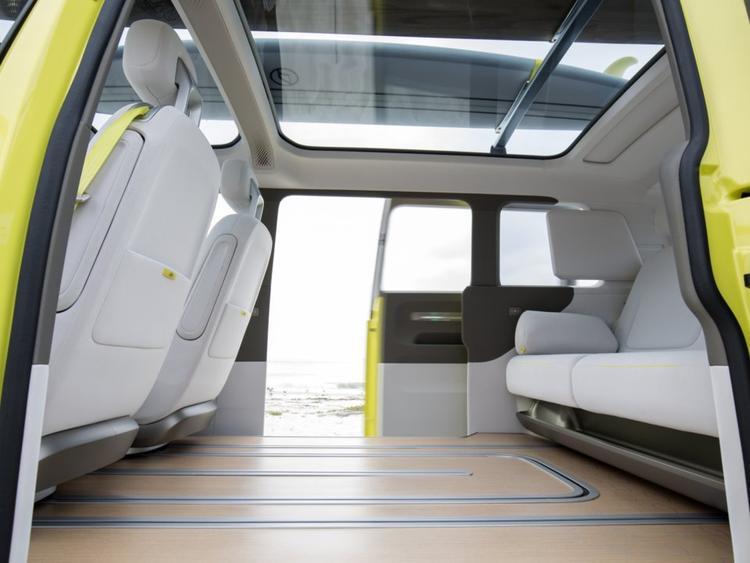 Cận cảnh xe microbus huyền thoại của Volkswagen sẽ trở lại thị trường năm 2020