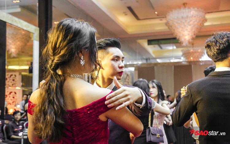 Dàn trai xinh gái đẹp của ngôi trường nhà giàu ĐH RMIT khoe sắc trong buổi Prom mang đậm phong cách Mỹ