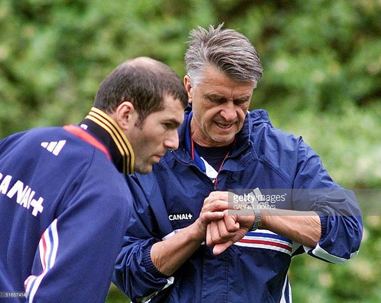Chính Aime Jacquet là người đầu tiên đã tiên đoán về một Zidane sau này thành công trên băng ghế huấn luyện.