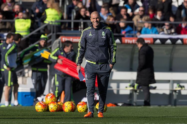 Zidane có ảnh hưởng rất lớn từ phong cách chiến thuật của các HLV Italia.