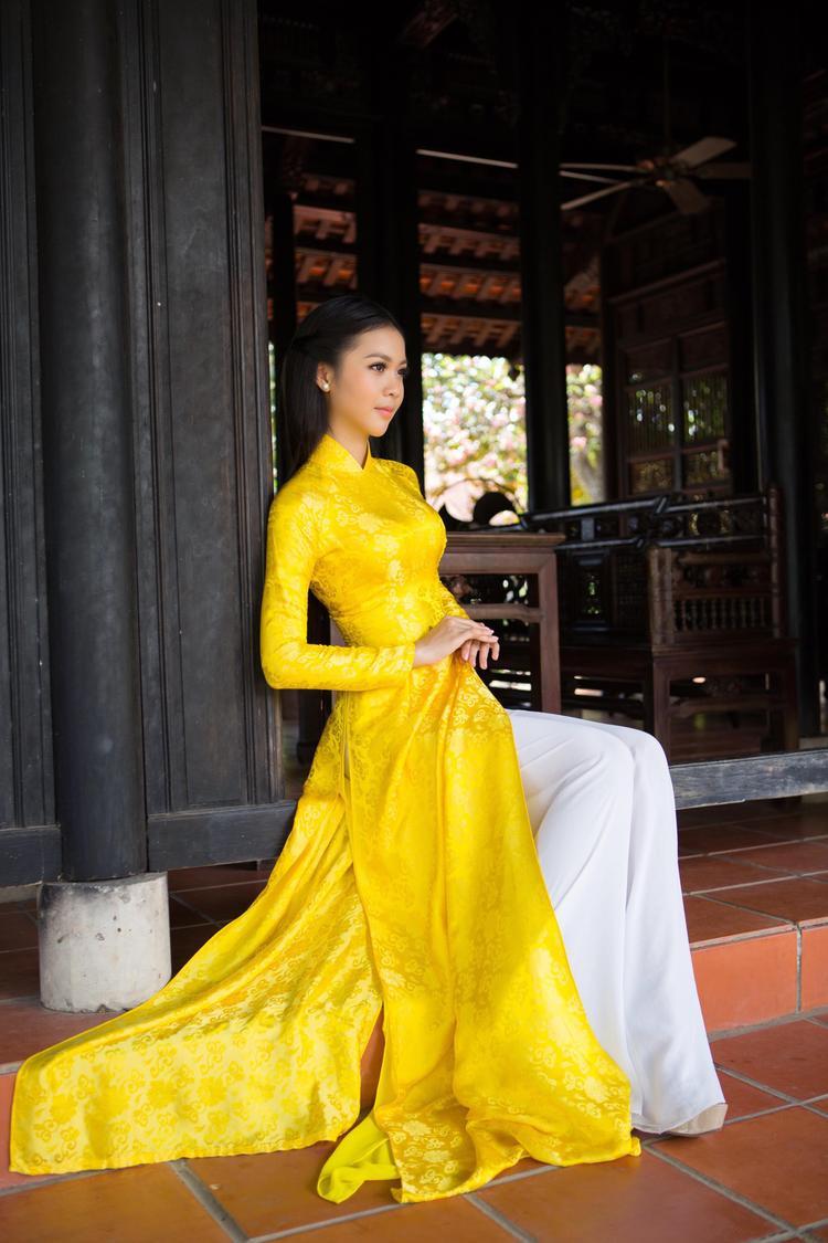 """Hiện tại, Kim Ngọc đang đồng hành với cuộc thi """"Sinh viên thanh lịch"""" trong vai trò giám khảo."""