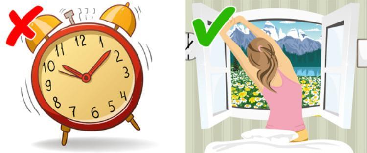 Đặt báo thức quá muộn vào sáng hôm sau cũng là điều không nên làm. Bạn nên thức dậy sớm, vận động nhẹ và ăn sáng đầy đủ để kiểm soát cân nặng dễ dàng hơn.