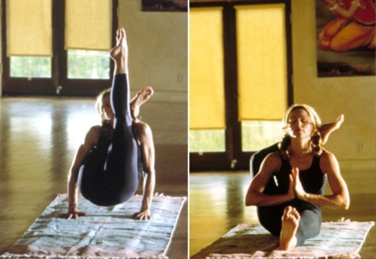 Nhưng khi tập yoga nhìn cô rất giản dị.