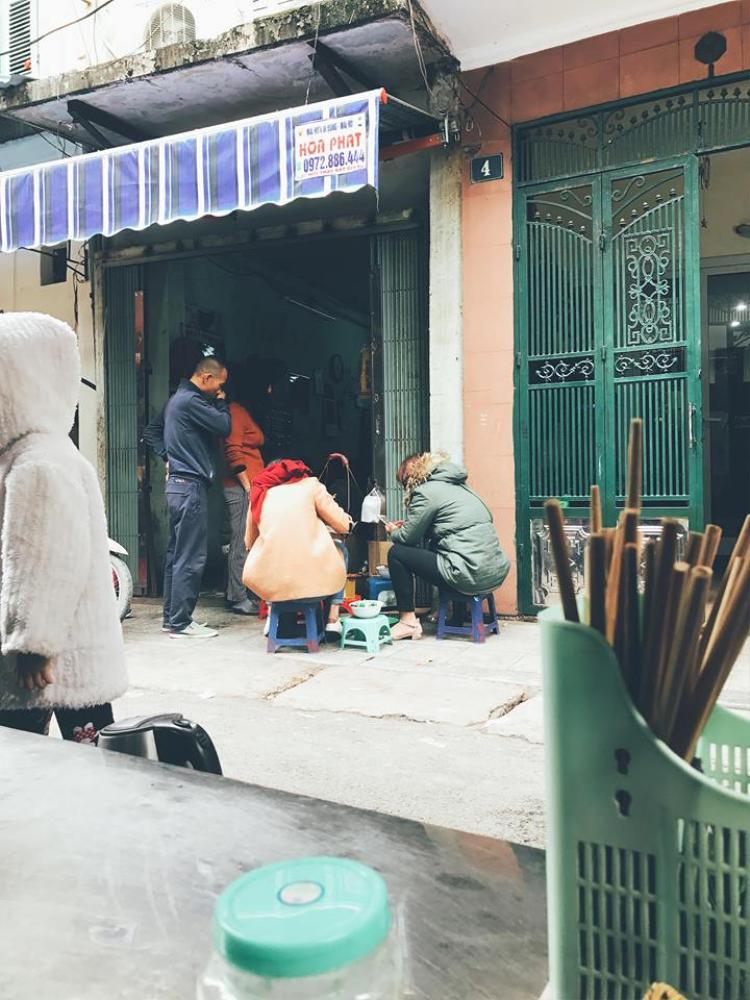 Hình ảnh tại quán bún ốc cô Thêm được chị Hiền chụp lại trước đó.