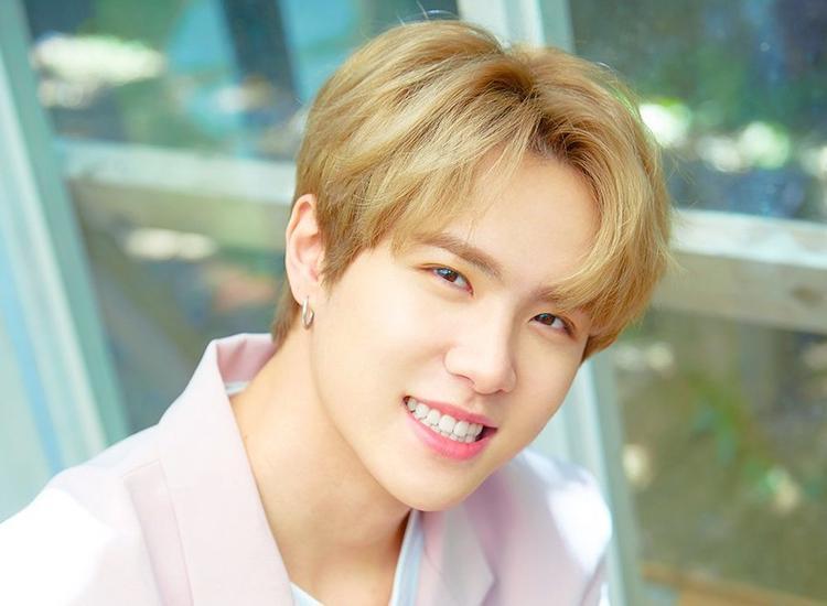 Sau màn tan rã trong nước mắt của cả JBJ lẫn fan, mỗi thành viên phải bắt đầu bước đi trên con đường riêng của mình. Thành viên Kim Donghan sẽ chính thức debut solo bằng 1 mini album vào ngày 19/6 tới đây.