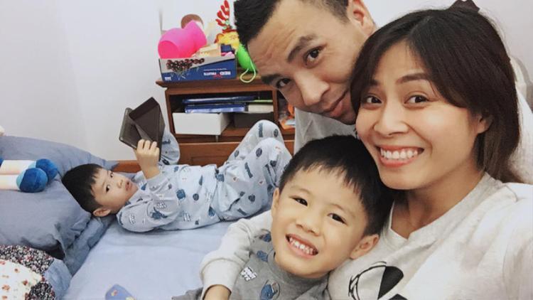 Hoàng Linh hạnh phúc chia sẻ những khoảnh khắc đáng ghen tỵ của gia đình mình.