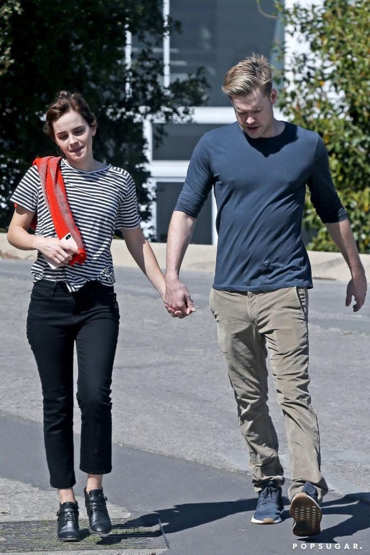Mặn nồng chưa lâu, Emma Watson đã đường ai nấy đi với người yêu điển trai