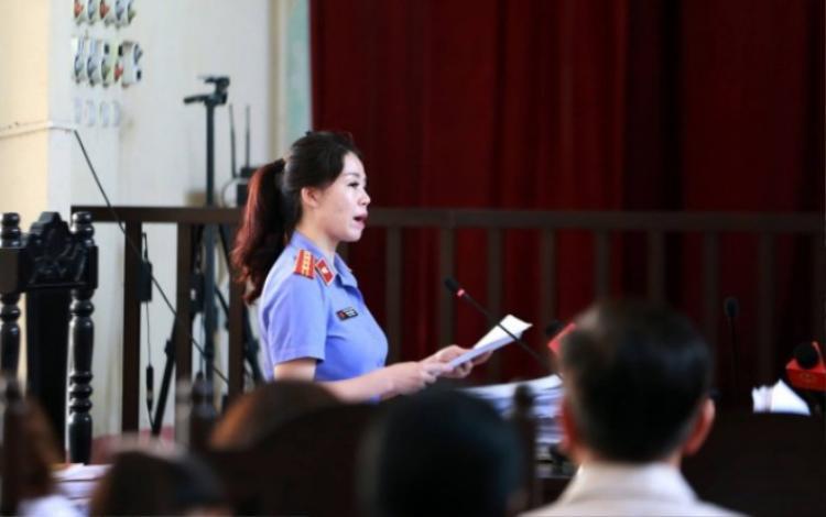 Đại diện Viện kiểm sát đề nghị trả hồ sơ điều tra bổ sung.