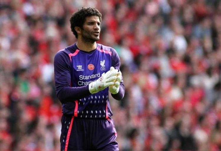David James từng trải qua quãng thời gian tồi tệ ở Liverpool vì không được ai giúp đỡ.