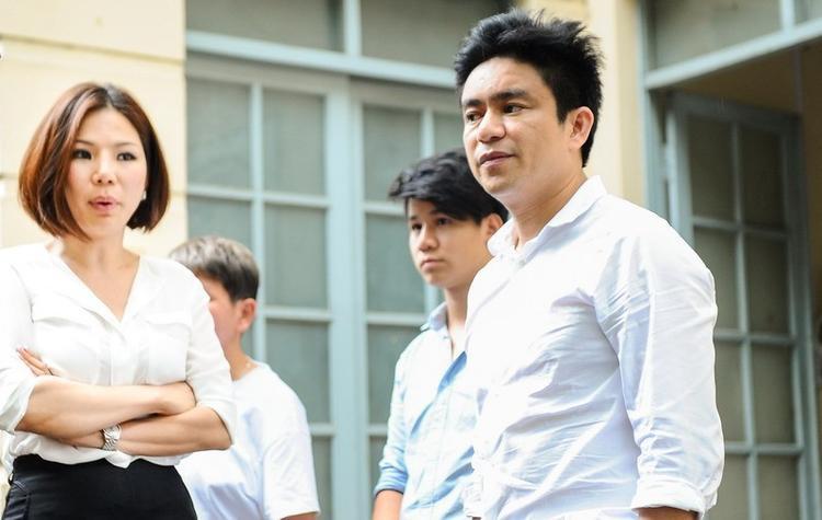 Bác sĩ Chiêm Quốc Thái và vợ trong một phiên tòa hồi tháng 7/2017. Ảnh: Thời Đại.