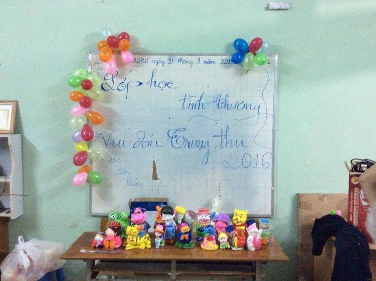 Một buổi Trung thu dành cho các bạn nhỏ tại lớp học tình thương.