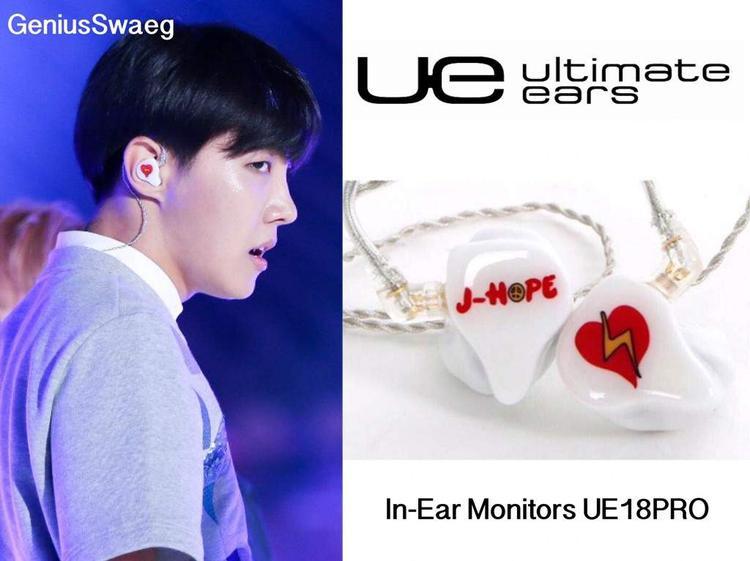 Ngoài ra, anh chàng này cũng có một chiếc UE18PRO đến từ thương hiệu Ultimate Ears.