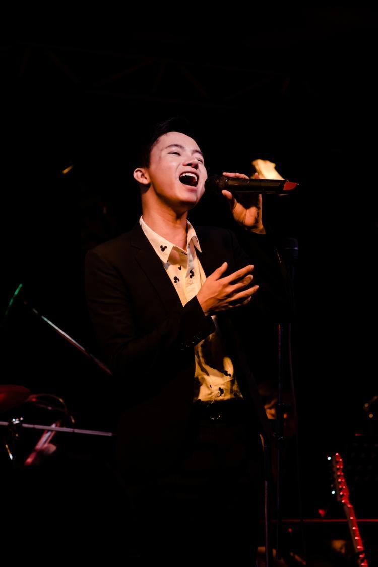 Bùi Công Nam mượn hit Đức Trí, hồi tưởng khoảng thời gian cùng nhau hát khắp các quán cafe