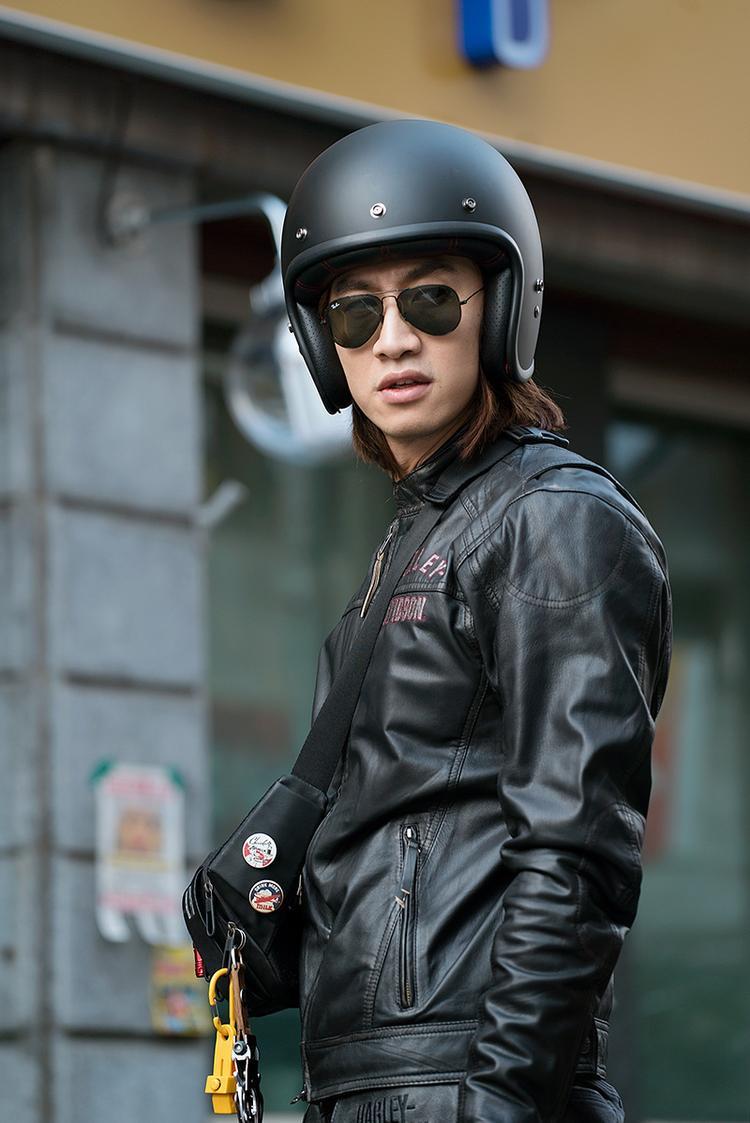 Thám tử gà mơ 2: Kwon Sang Woo đụng độ gã chân dài Lee Kwang Soo