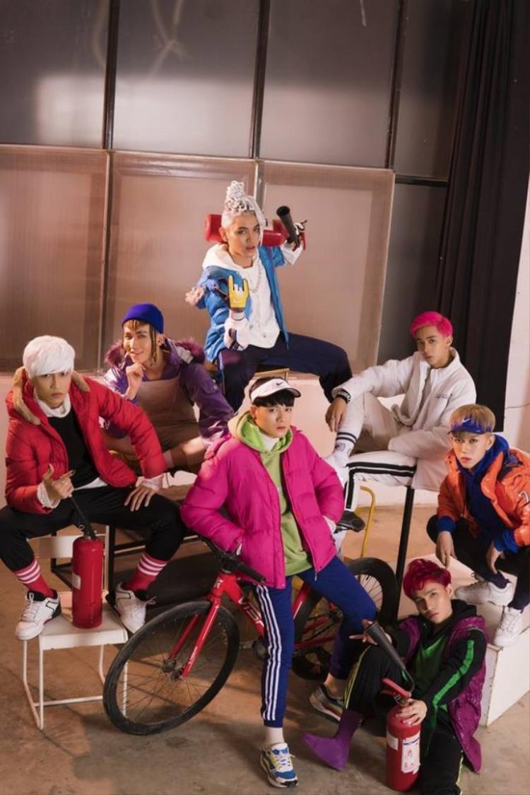 Zero 9 đã phải hứng đủ mọi chỉ trích từ cộng đồng fan Kpop khi phát biểu liều lĩnh rằngBị đánh đồng với BTS.
