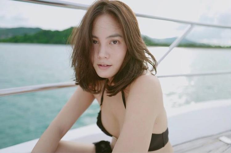 Sau đổ vỡ hôn nhân với bố bạn thân, Janie Tienphosuwan lên xe hoa lần 2 với trai trẻ The Face Men kém 10 tuổi