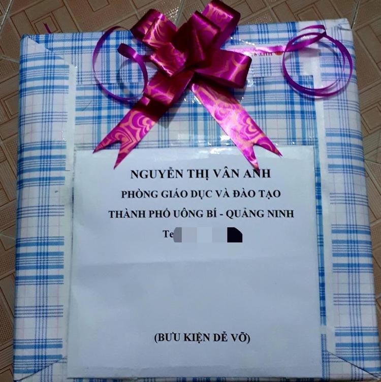 Ông chồng bá đạo gửi tặng vợ 1 thùng gạch vào ngày sinh nhật và câu chuyện phía sau khiến nhiều người ngưỡng mộ