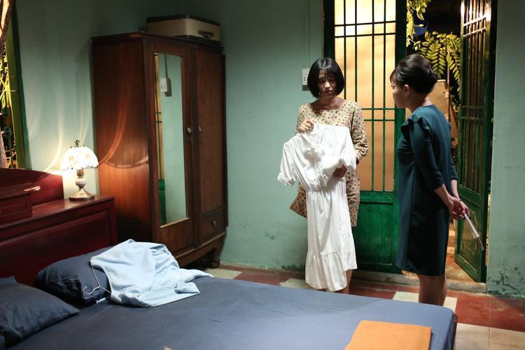 Duyên kì ngộ của bộ ba Em gái mưa Mai Tài Phến  Phương Anh Đào  Thùy Linh tại trường Sân khấu Điện ảnh