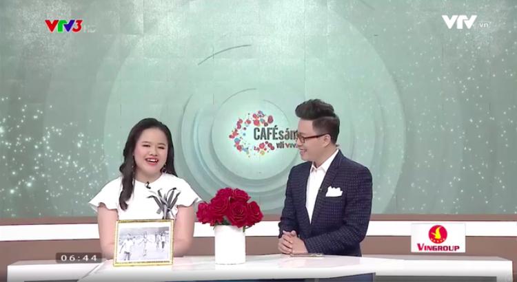 """Lê Hương Giang xuất hiện tại """"Cà phê sáng"""" với vị trí một MC."""