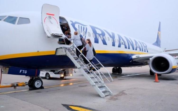 Hãng hàng không Ryanair phải hủy hàng nghìn chuyến bay vì không có đủ nhân lực.