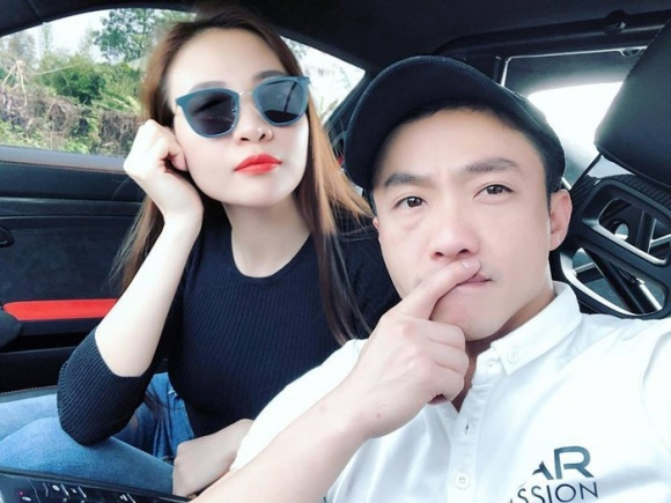 Lần đầu tiên khi yêu, Cường Đô La làm hành động này để khẳng định chủ quyền với Đàm Thu Trang