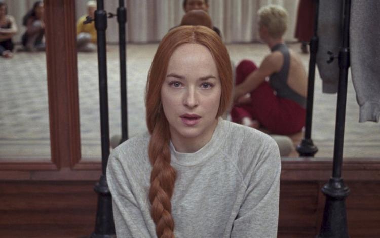Teaser phim kinh dị Suspiria của Dakota Johnson (50 sắc thái) gây ám ảnh dù không có câu thoại nào