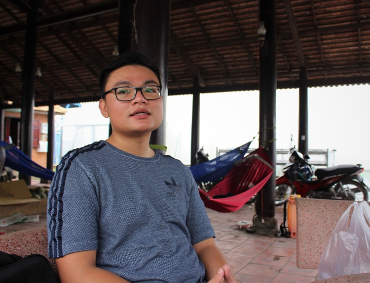 Phương Tùng, chàng trai 21 tuổi khởi nghiệp từ giống dưa lưới nhật Bản