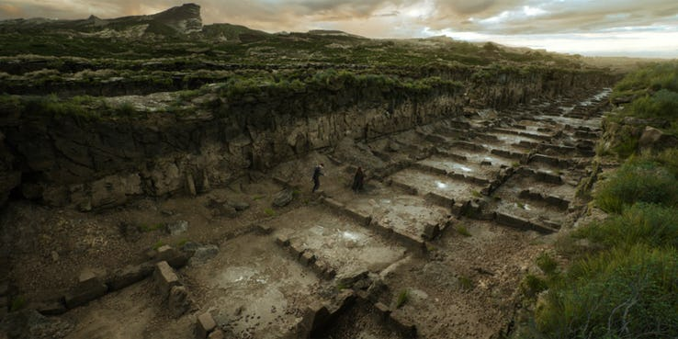 7 khác biệt lớn nhất giữa phim và truyện của Mortal Engines