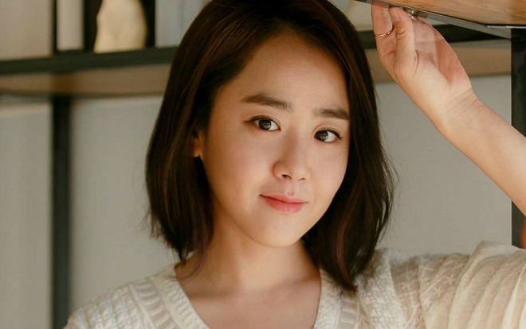 Bật mí về nhan sắc như pha lê của các người đẹp không tuổi xứ Hàn