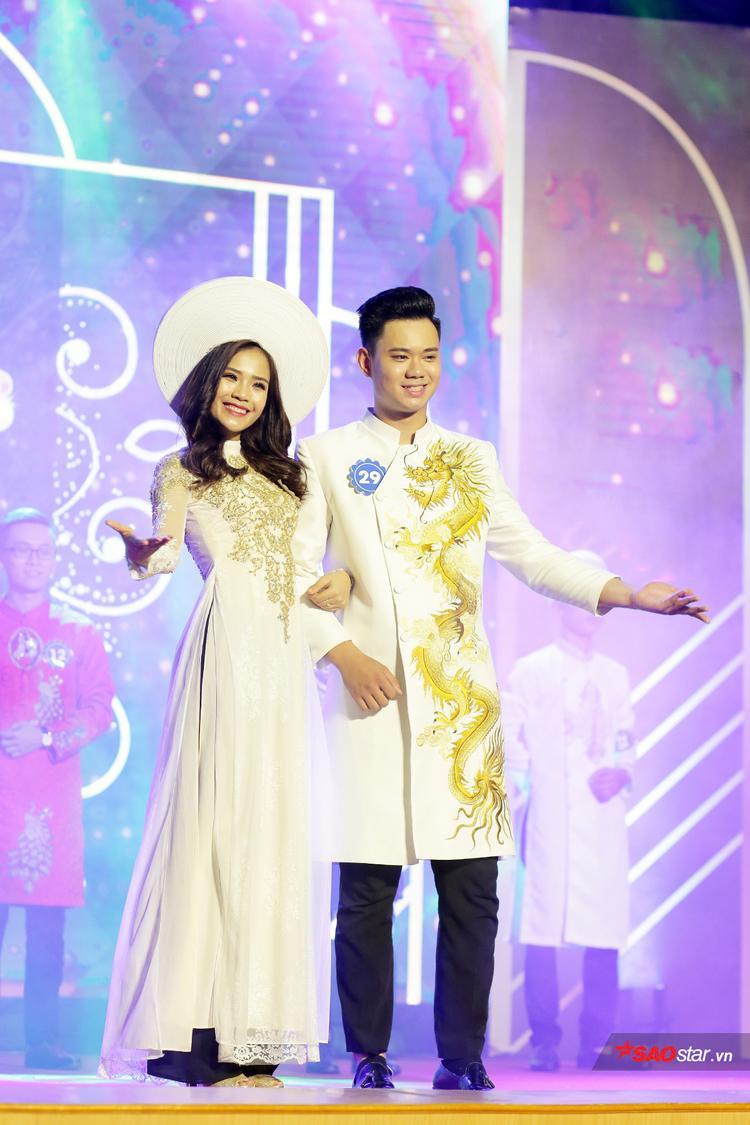 Cặp đôi Nhữ Minh Tuấn và Nguyễn Thị Phấn