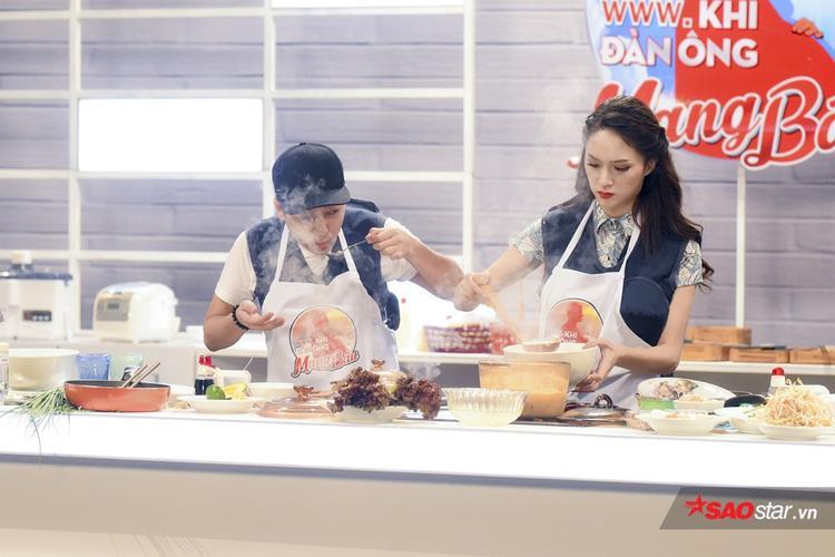 Trấn Thành  Hari Won phát cuồng vì món ăn siêu phẩm chuẩn nhà hàng của Trường Giang