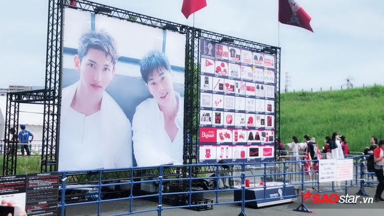 Hình ảnh Yunho và Changmin nổi bật khắp nơi!