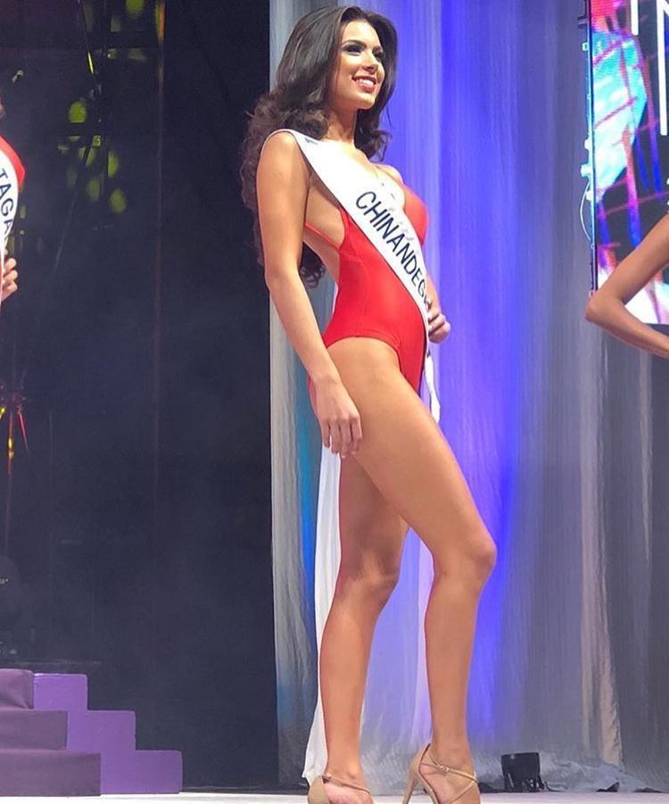"""5. Nicaragua:Người đẹp 20 tuổi Adriana Paniagua sẽ đại diện cho Nicaragua ở Miss Universe năm nay. Paniagua gây ấn tượng với chiều cao """"khủng"""" 1m80. Gương mặt sắc sảo và kinh nghiệm """"chinh chiến"""" các đấu trường sắc đẹp trong nước và quốc tế mang đến lợi thế không hề nhỏ cho cô tại HHHV 2018."""