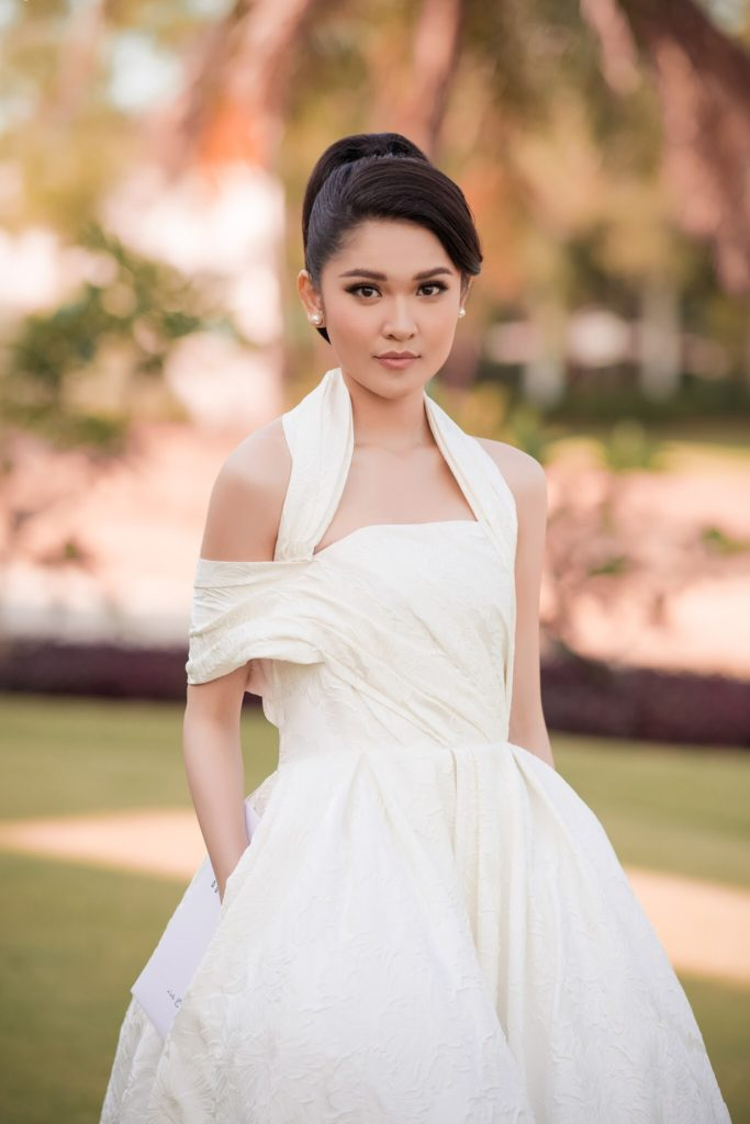Á hậu Thùy Dung có cùng quan điểm với Nguyễn Thị Loan.