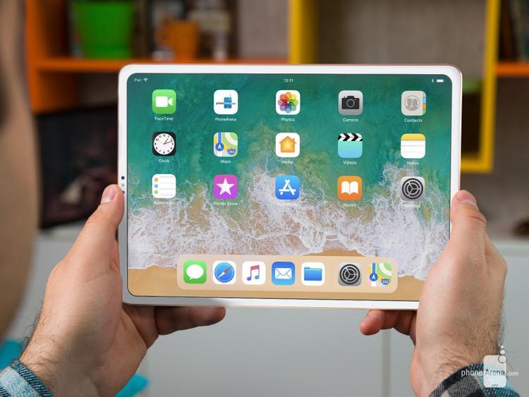 Thiết kế hiện tại của iPad vẫn có viền màn hình khá dày. Điều này khiến thân máy lớn hơn và cồng kềnh hơn. Việc Apple tối giản viền màn hình cho thiết bị này chắc chắn sẽ xảy ra và phù hợp với xu hướng thiết kế các thiết bị di động hiện nay.