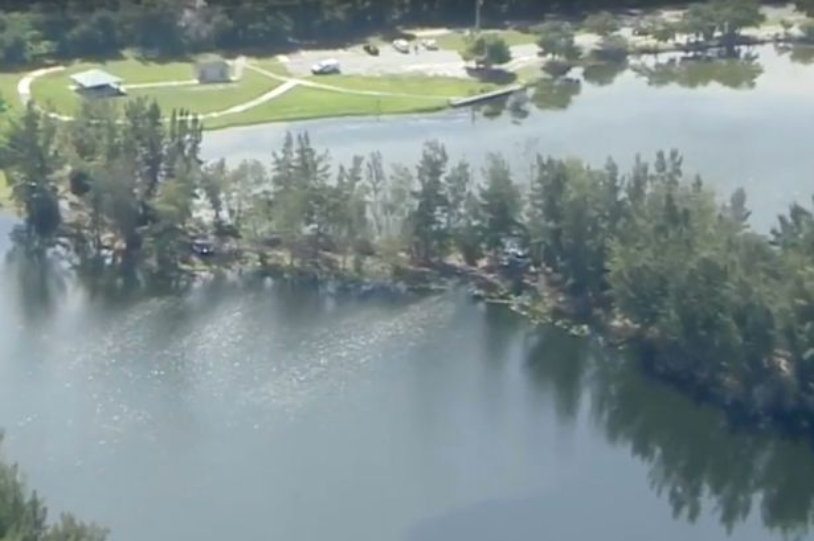 Khu vực hồ nước trong công viên Silver Lakes Rotary.Ảnh: Mirror