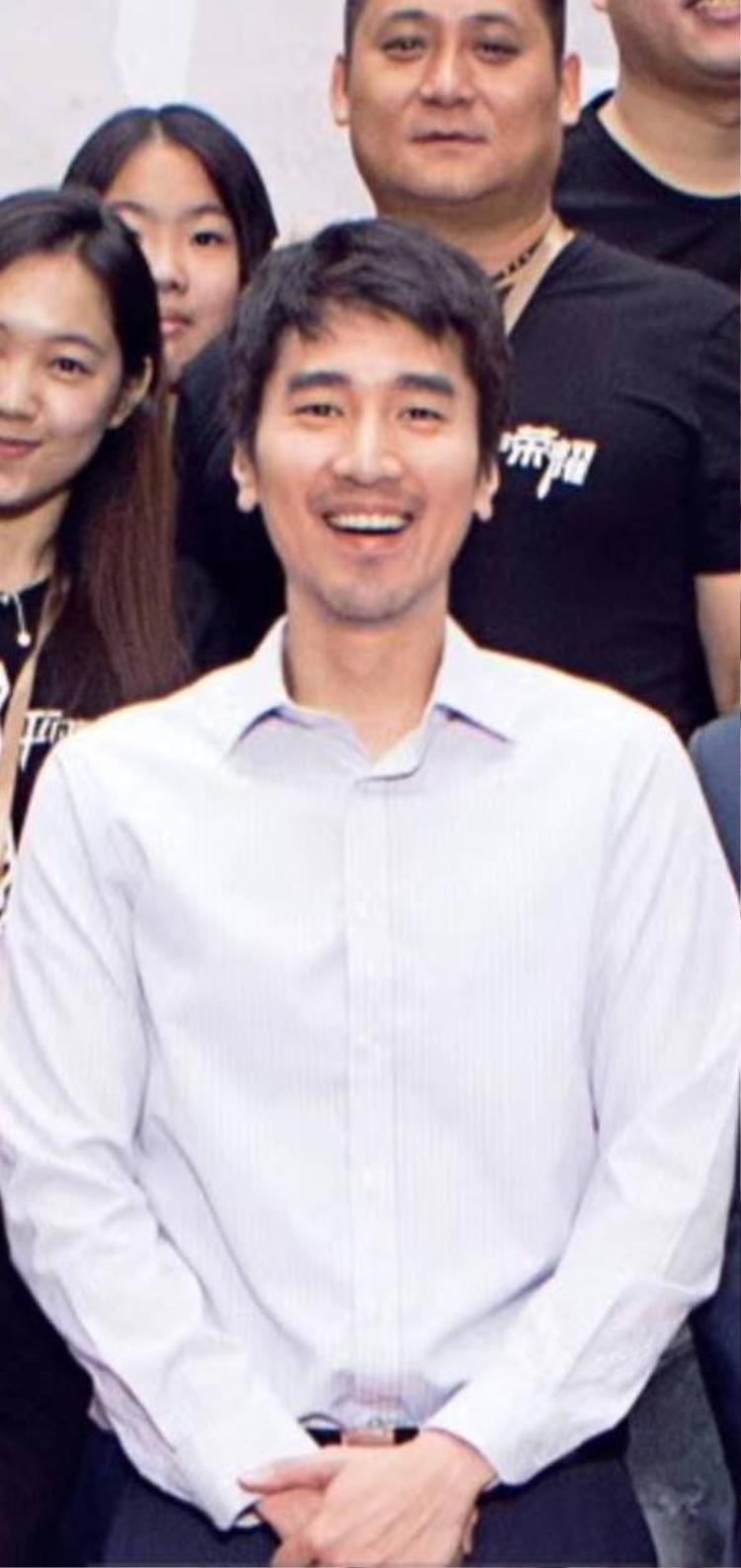 Triệu Hựu Đình trong lễ khai máy với nhan sắc già nua trông thấy