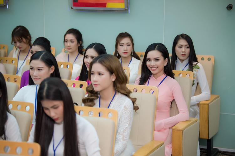 Có gì nổi bật trong dàn giám khảo hoa hậu tại Hoa hậu Việt Nam 2018?