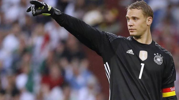 Neuer là thủ lĩnh của tuyển Đức.