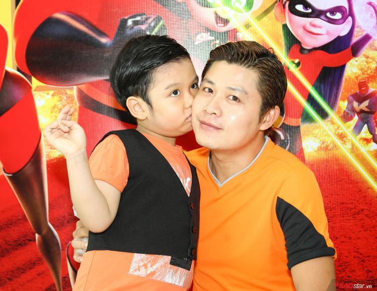 Nguyễn Văn Chung và con trai