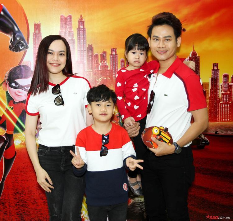 Gia đình hai MC Hồng Phúc - Hồng Phượng